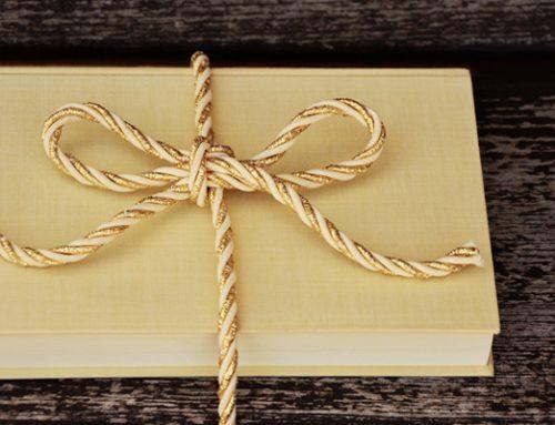Unternehmensattraktivität vergrößern: So stärken Weihnachtsgeschenke die Mitarbeiterbindung