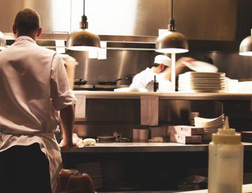 Streit am Arbeitsplatz: Arbeitgeber darf Mitarbeiter versetzen