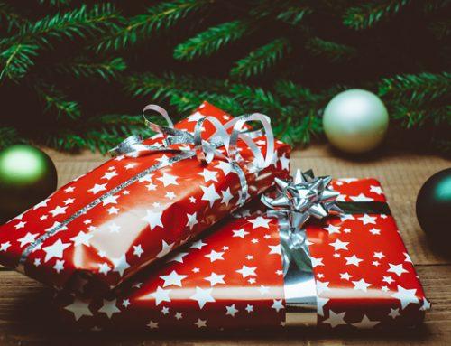 Geschenke an Mitarbeiter und Geschäftspartner übergeben: Steuerbegünstigungen beachten